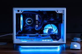【i9 9900KF+RTX2080Ti】白くて可愛いMini-ITXゲーミングPC