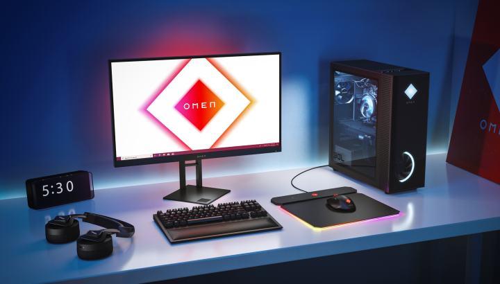 新しいHP Omenワイヤレスゲーミング周辺機器がデスクをすっきりさせます