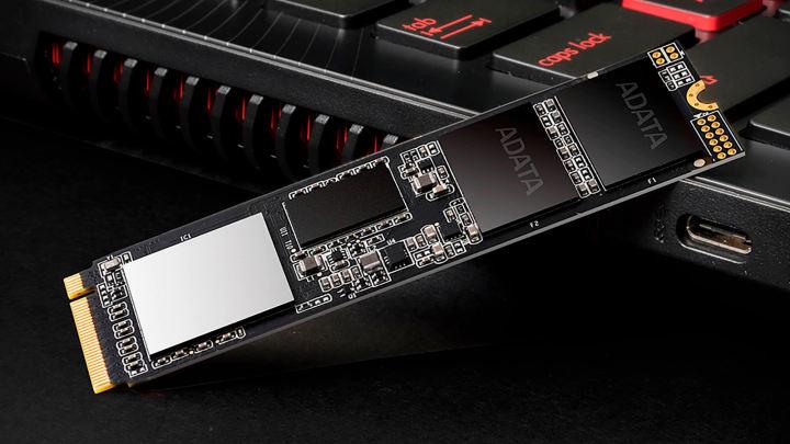 Adata、XPG SX8200 Pro SSDのNANDを再び切り替え、パフォーマンスに影響