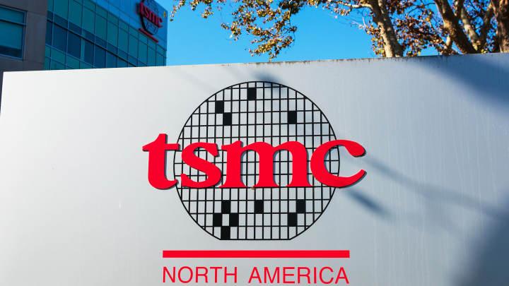 TSMCは、2024年までにアリゾナに5つの追加ファブを建設することを計画していると伝えられます