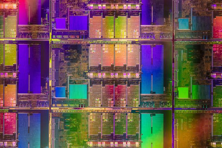 インテル、8コアのTiger Lake-Hプロセッサを発表:より強力に、より低いクロックで