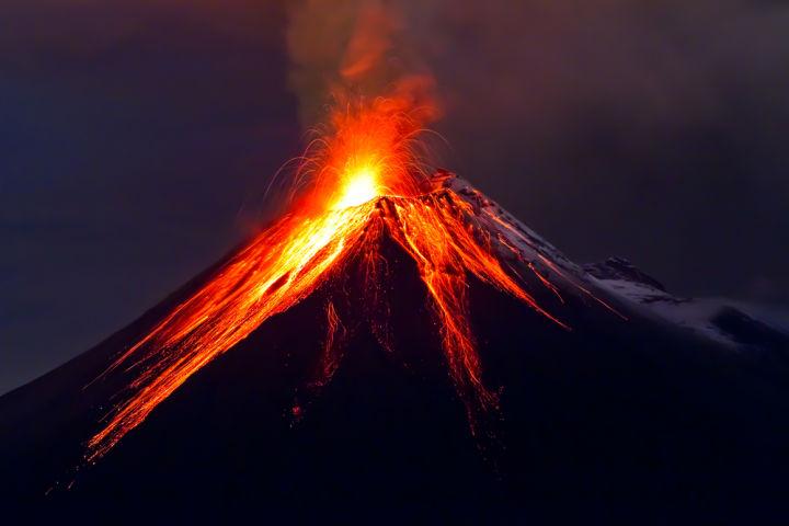エルサルバドル、火山エネルギーでビットコインをマイニング