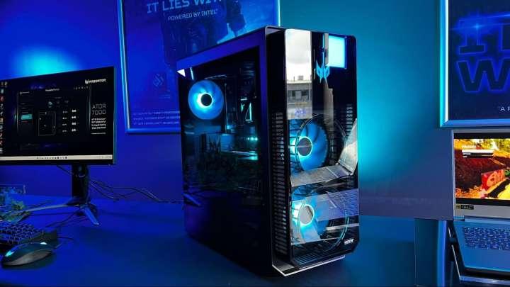エイサーの「Predator Orion 7000」は、第12世代インテル・プロセッサーを搭載
