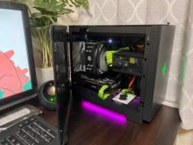 Razer Tomahawkに映える緑一色PC!!