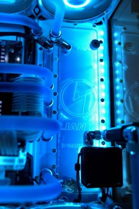 【Ryzen9 3900X + RX6900XT】AMDで組む本格水冷PC #1
