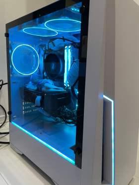 10万円以内の白いPC