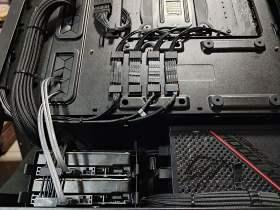 ROG Strix 控えめなRGBと最適化された冷却と裏配線 MATXケースで実現 #9